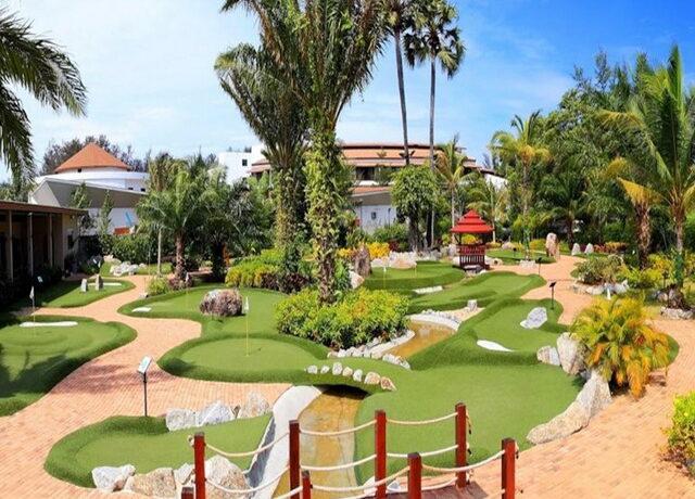 Golf-Course4-phuketbrokers