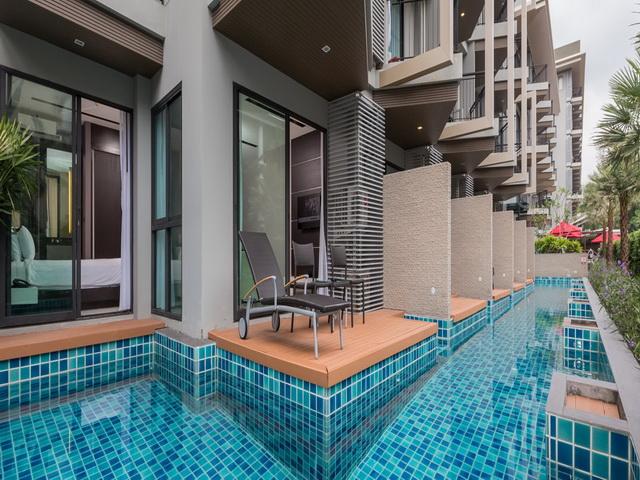Charm condominium with Pool Access