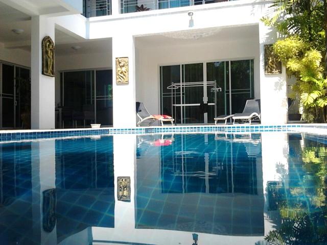 Rent the Paradise Villa in Kamala beach
