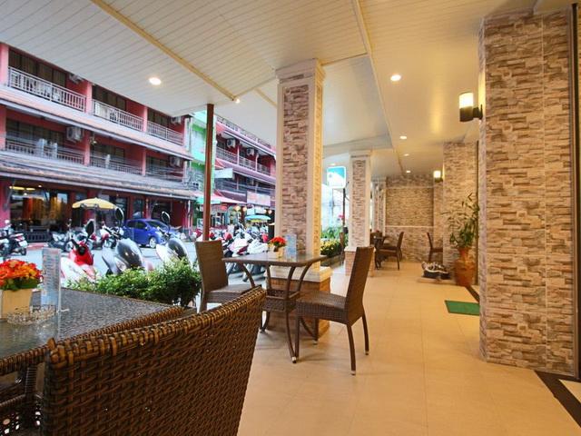 Profitable hotel in stylish accommodation