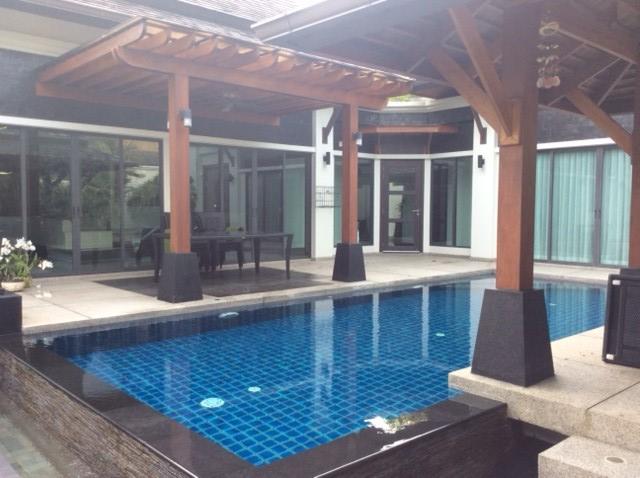 Thai style pool villa in laguna area