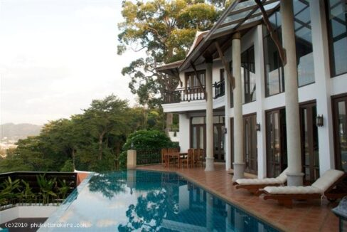 Luxury 5 bed room villa with sea view