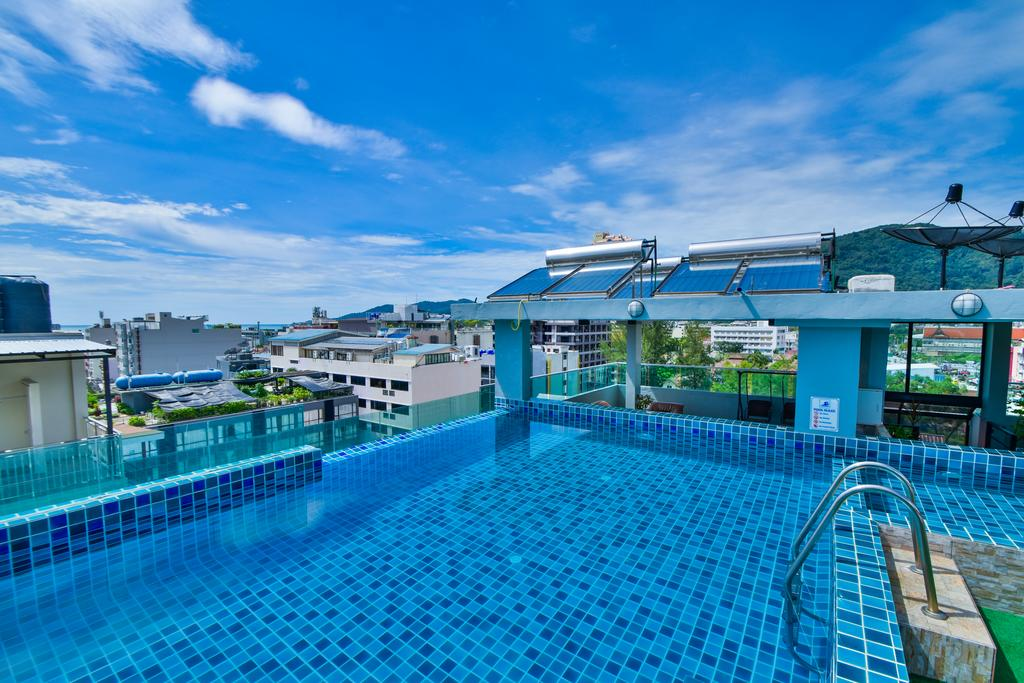 44 room boutique hotel for lease patong